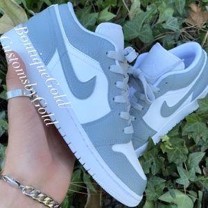 COPY - Customs Nike Air Jordan's white/gray